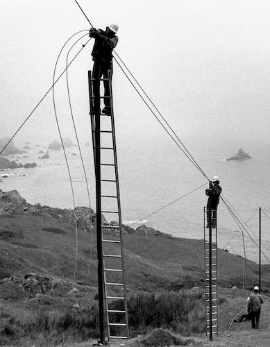Christo and Jeanne-Claude Running Fence, Sonoma and Marin Counties, California, 1972-76 Photo: Wolfgang Volz © 1976 Christo.