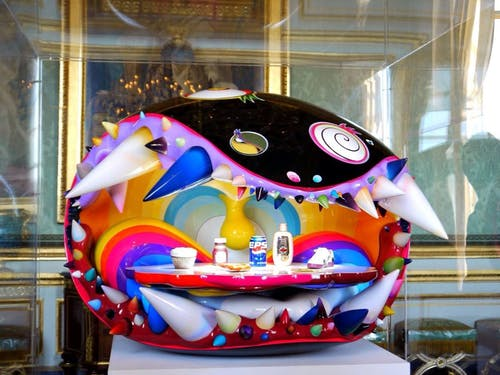 Sculpture by Pharell Willimans & Takashi Murakami, Simple Things, 2009