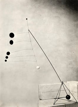 Alexander Calder, Object with Red Discs, 1931.