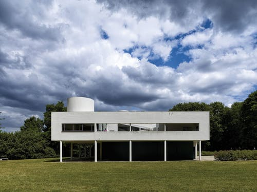 House built for the he Savoye family in the distinctive Corbusier style.