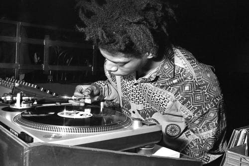 Basquiat occasionally also branched into DJ-ing, Image via Basquiat Cloud.