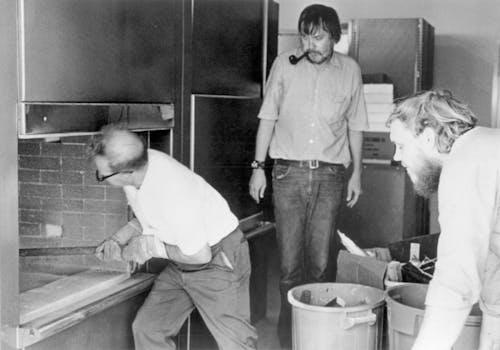John Baldessari Cremation Project 1970, Courtesy of the artist and Marian Goodman © John Baldessari