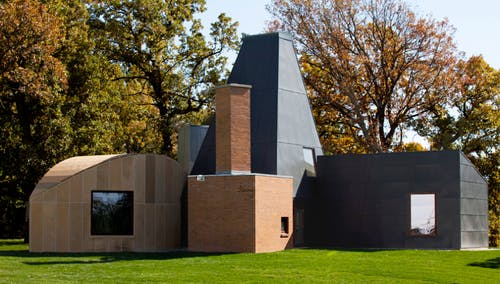 A home design by Frank Gehry based on Morandi's arrangements of differently shaped objects.