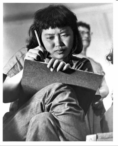 Ruth Asawa, Black Mountain College student from 1946-1949, perhaps in an art class. Courtesy of Western Regional Archives.