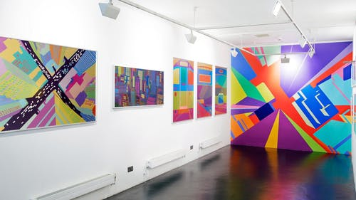 A London exhibition featuring the artist's city scapes works.