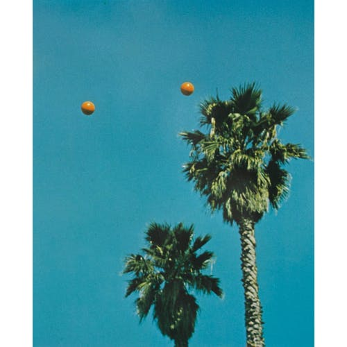 Image: 'Throwing Three Balls in the Air to Get a Straight Line (Best of Thirty-Six Attempts)´, 1973, by John Baldessari