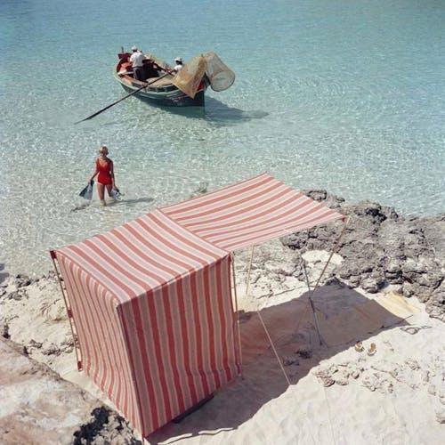 Image by Slim Aarons, Blue Lagoon, Malta, 1959